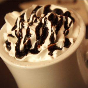 Warme Chocolademelk & slagroom