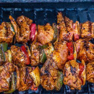 B. Barbecuepakket nr. 1 prijs p.p. minimale afname 25 personen.