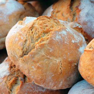 A. Gesorteerde luxe broodjes, per 10 stuks